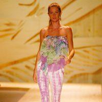 Gisele Bundchen desfilando para Colcci en la Semana de la Moda de Sao Paulo 2008