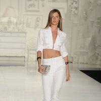 Gisele Bundchen desfilando para Colcci en la Semana de la Moda de Sao Paulo 2009