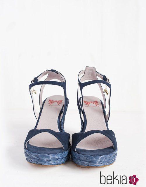 Cuñas Charlize en azul marino de la colección primavera/verano 2015 de Barbarella