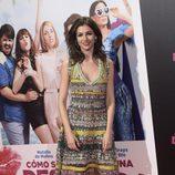Úrsula Corberó con un vestido muy hippie en el estreno de 'Cómo sobrevivir a una despedida'
