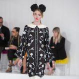 Vestido largo con flores de la colección Crucero 2015/2016 de Chanel