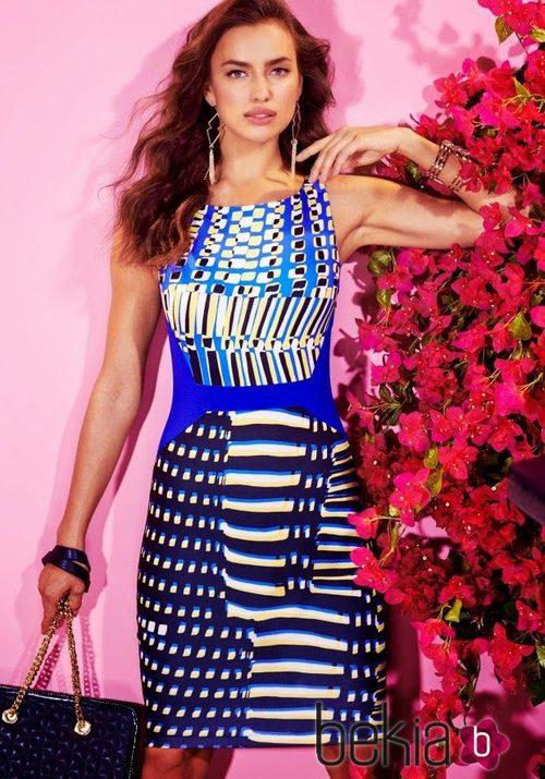 Irina Shayk con un vestido corto de la colección primavera/verano 2015 de Bebe