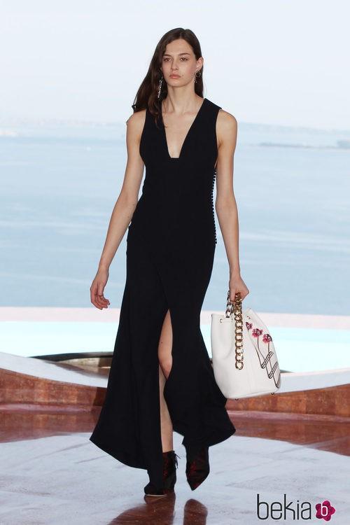 Vestido negro de la colección Crucero 2015 de Dior