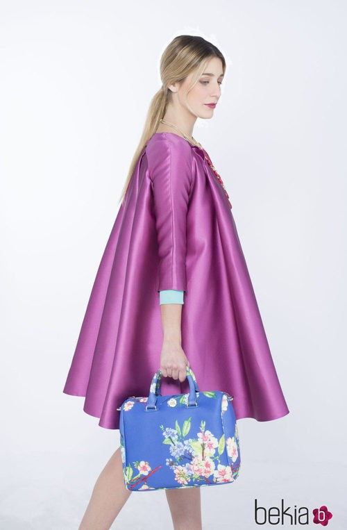 Bolso azul con flores de la colección de verano 2015 de Chic Sympatique