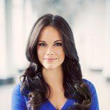 Sofia Hellqvist con un vestido azul klein