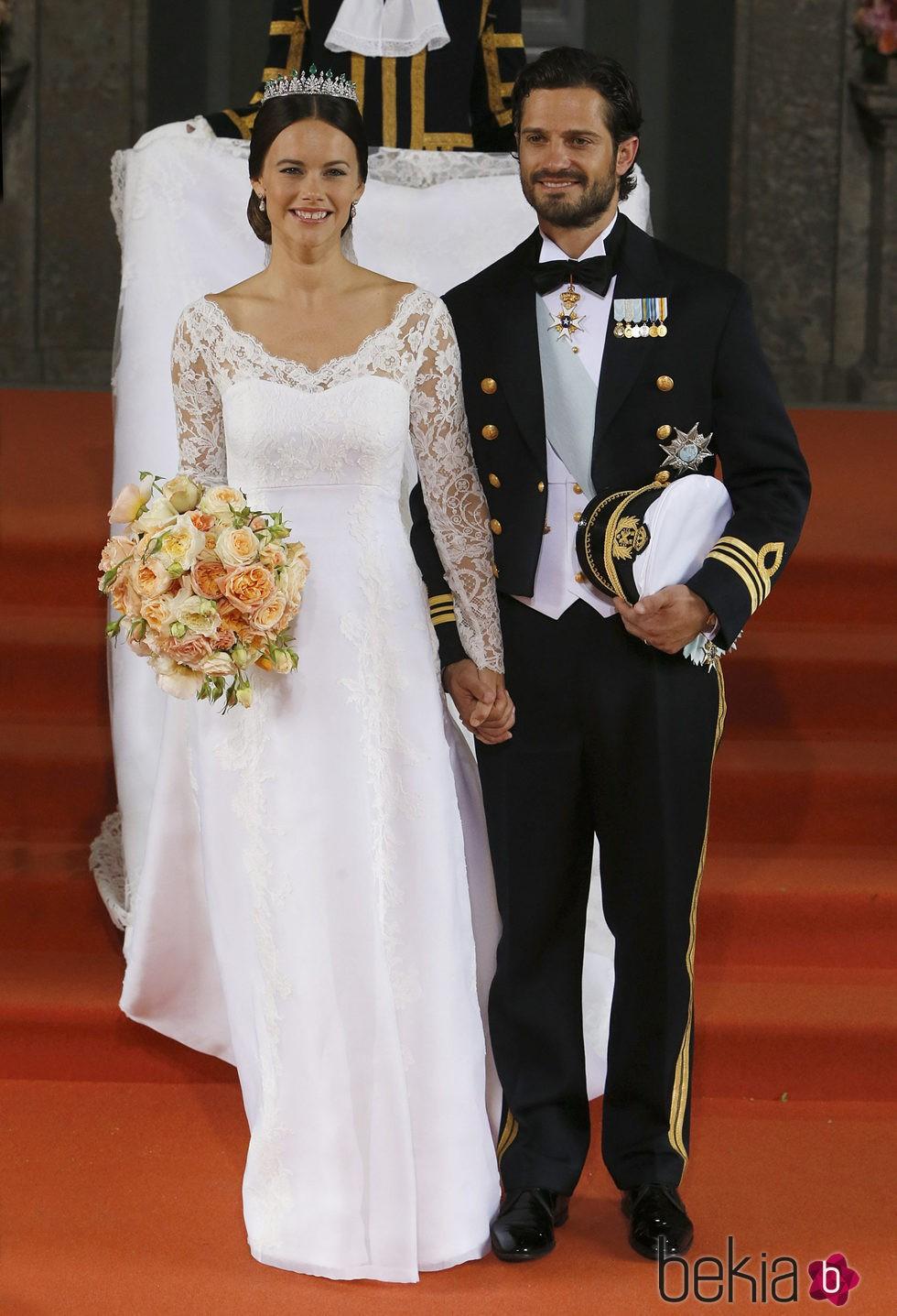 Sofia Hellqvist elige un diseño de Ida Sjöstedt para el vestido de su boda
