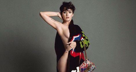Katy Perry semidesnuda en la campaña otoño/invierno 2015 de Moschino