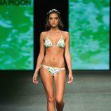 Rocío Herrera desfilando para Banana Moon en la Gran Canaria Moda Cálida 2015