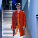 Abrigo rojo de la colección primavera/verano 2016 de Z Zegna
