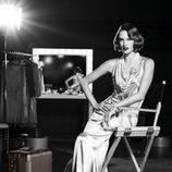 Alessandra Ambrosio posando para la campaña de Rimowa