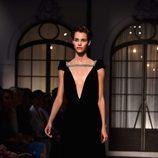 Vestido negro de la colección de Alta Costura otoño/invierno 2015/2016 de Schiaparelli