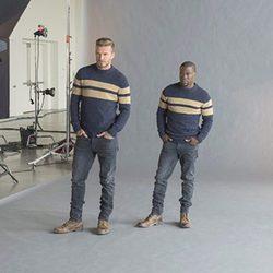 David Beckham y Kevin Hart en la campaña de la colección de esenciales de H&M para otoño 2015
