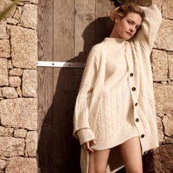 Natalia Vodianova con un conjunto de lana de la colección otoño/invierno 2015/2016 de Etam