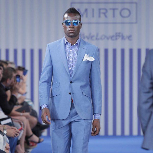 Traje azul claro para hombre de la colección primavera verano 2015 de Mirto  - Colección masculina de Mirto primavera verano 2015 - Foto en Bekia Moda 67db8a1d129a