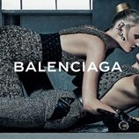 Lara Stone y Kate Moss en la campaña otoño/invierno 2015/2016 de Balenciaga