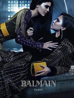 Kendall y Kylie Jenner  en la campaña otoño 2015 de Balmain