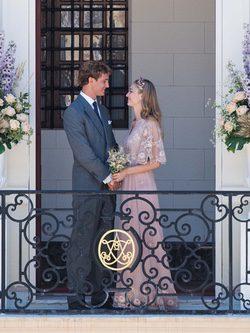 Beatrice Borromeo con un vestido de Valentino en su boda con Pierre Casiraghi