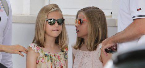 La Princesa Leonor y la Infanta Sofía con gafas de sol polarizadas de Carrera en Mallorca