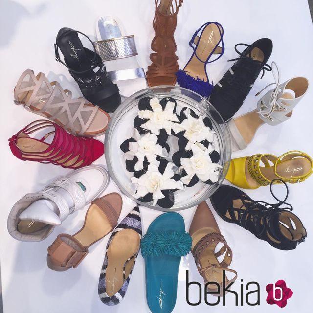 Zendaya lanza su primera colección de zapatos de 'Daya'