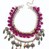 Maxi collar étnico en tonos rosas y morados