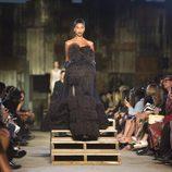 Vestido pomposo de la colección primavera/verano 2016 de Givenchy en Nueva York Fashion Week