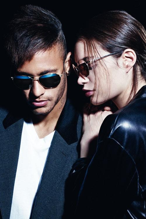 Neymar y Constanza Saravia, embajadores de la colección Eyewear 2016 de Police