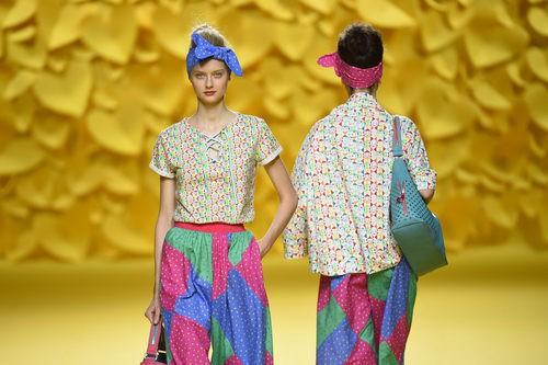 Pantalón maxi estampado Agatha Ruiz de la Prada para primavera/verano 2016 Madrid Fashion Week