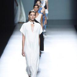 Desfile de Ángel Schlesser primavera/verano 2016 de la Madrid Fashion Week