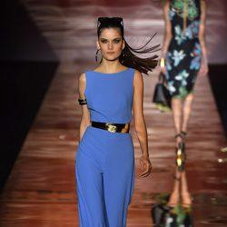 Mono azul de Roberto Verino para primavera/verano 2016 en Madrid Fashion Week