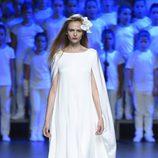 Vestido blanco largo de Duyos para primavera/verano 2015 en Madrid Fashion Week