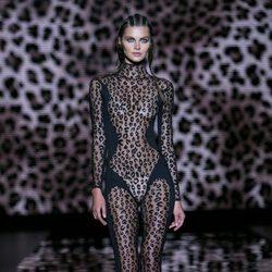 Mono negro transparente animal print de Andrés Sardá para primavera/verano 2016 en Madrid Fashion Week