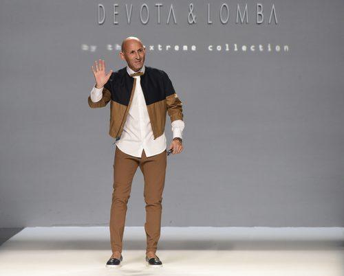 Modesto Lomba tras  presentar su nueva colección primavera/verano 2016 en la Madrid Fashion Week