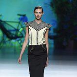 Conjunto de blusa y falda de Maya Hansen primavera/verano 2016 en Madrid Fashion Week