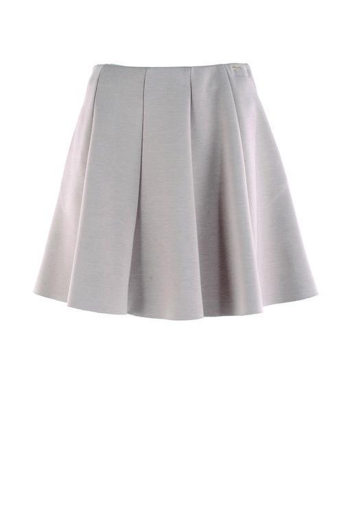 Falda rosa palo tableada de la firma Kocca