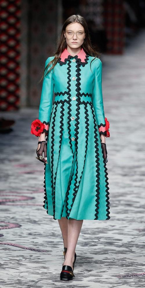 Vestido verde y negro de primavera/verano 2016 de Gucci en Milan Fashion Week