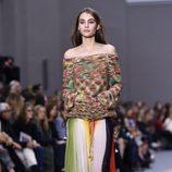 Jersey de punto y falda larga de la colección primavera/verano 2016 de Chloé en Paris Fashion Week