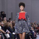 Vestido rojo y azul de la colección primavera/verano 2016 de Chloé en Paris Fashion Week