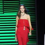 Jumpsuit rojo de la colección de primavera/verano 2016 de Elie Saab en París Fashion Week