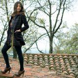 Malena Costa con un abrigo de la colección otoño/invierno 2011 de Indiwoman by Individual
