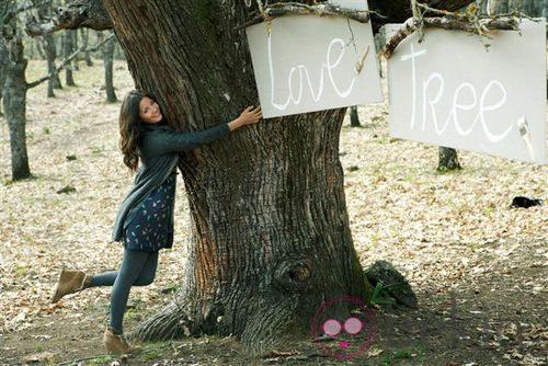 Malena Costa con un conjunto de la colección otoño/invierno 2011 de Indiwoman by Individual