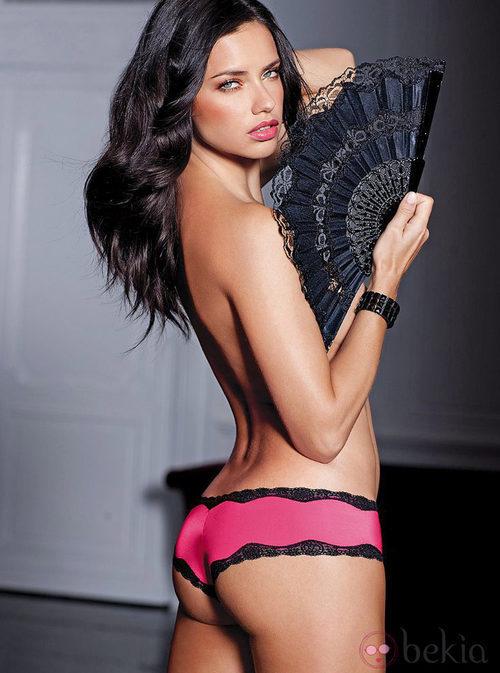 Adriana Lima, imagen de la colección de lencería otoño 2011 de Victoria´s Secret