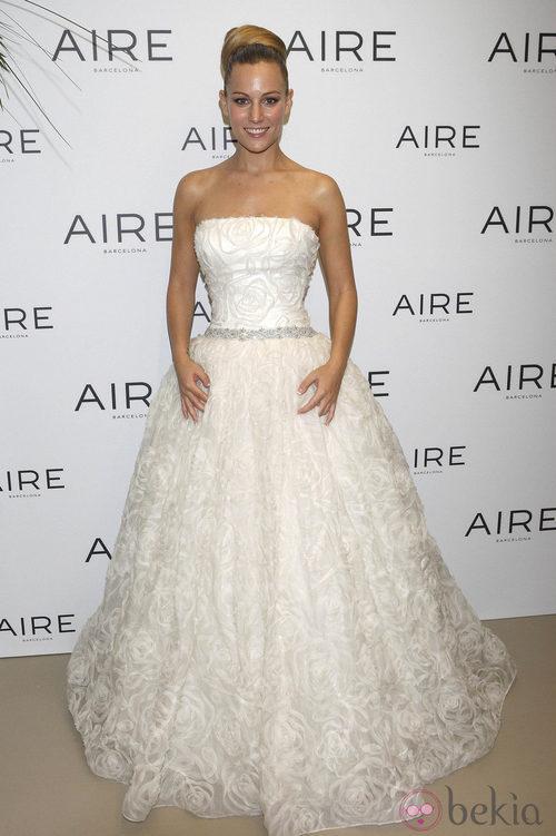 Edurne se viste de novia para Aire Barcelona