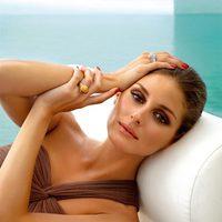 Olivia Palermo con un anillo Calipso de la colección 'Carrera y Carrera'
