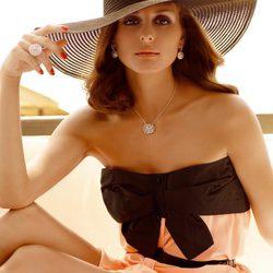Olivia Palermo y 'Carrera y Carrera' para la colección Mediterráneo