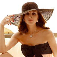 Olivia Palermo con joyas Actea y Afrodita de 'Carrera y Carrera'
