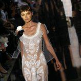 Vestido con transparencias de corte sirena de John Galliano de la colección primavera 2012