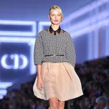 Karolina Kurkova desfilando para Christian Dior en la semana de la moda de París