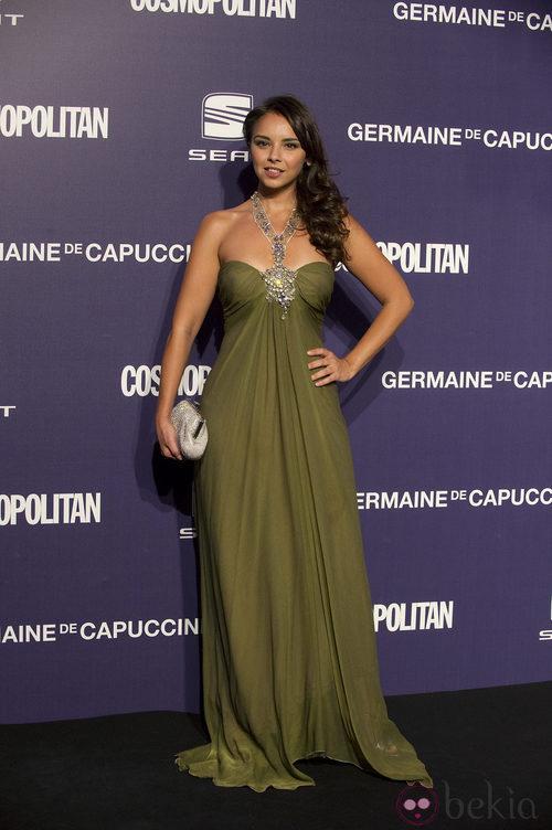 Estilismo de Chenoa en los Premios Cosmopolitan Fun Fearless Female 2011