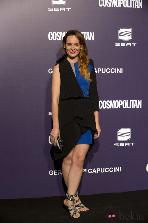 Estilismo de Ana Locking en los Premios Cosmopolitan Fun Fearless Female 2011