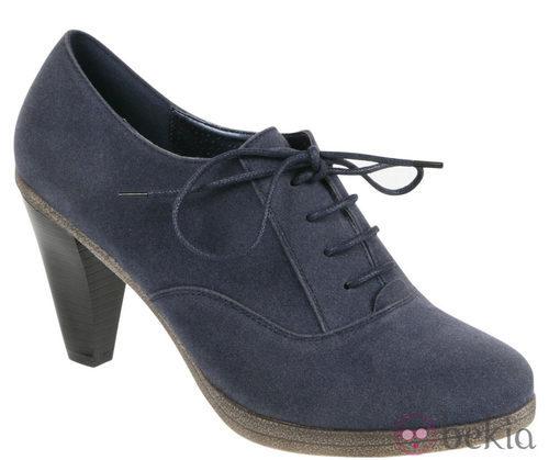 Zapatos de cordones azul de la colección otoño/invierno 2011/2012 de Alex Silva